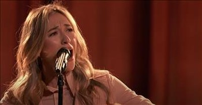 Lauren Daigle Performs 'Hold On To Me' On The Voice Season Finale