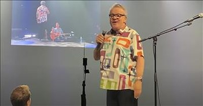 Mark Lowry Performs 'The Old Rugged Cross' Live