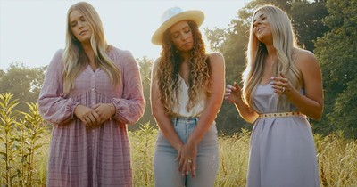 Trio Of Women Sing 'Butterfly Kisses' In Honor Of Their Dads