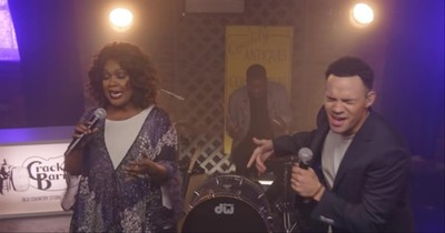 'Lean On Me' CeCe Winans And Tauren Wells Worship Performance