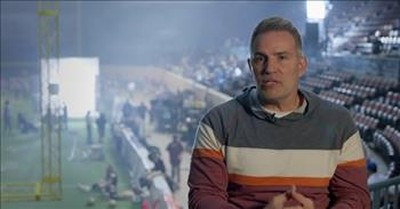 'American Underdog' True Story Of Christian NFL Player Kurt Warner