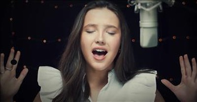 17-Year-Old Sings Emotional Rendition Of 'I Will Always Love You'