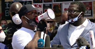 George Floyd's Brother, Floyd's brother calls from peaceful protests