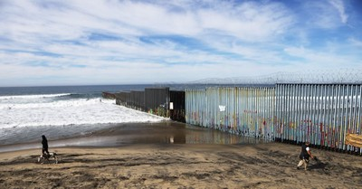 I Went to the U.S.-Mexico Border: This Is What I Really Saw