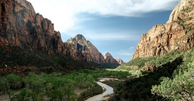 Mt. Zion National Park, President Trump signs bill to restore the national parks