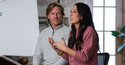"Chip and Joanna Gaines, Chip and Joanna Gaines announce a ""Fixer Upper"" reboot"