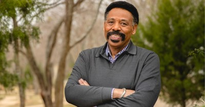 Tony Evans, Evans encourages Christians to remember the sanctity of life when casting their vote