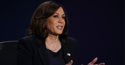 Kamala Harris, Harris cancels campaign travel after staffer tests positive for COVID-19
