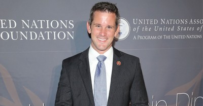 Adam Kinzinger, Kinzinger apologies after wrongly calling out Pastor Robert Jeffress for perpetuating stolen election claims