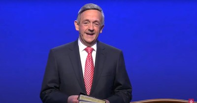 Robert Jeffress, Jeffress encourages Christians to pray for the Biden Administration even if they disagree with their politics
