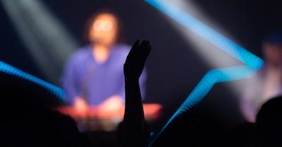 Indoor worship, Judge blocks bans on in-door worship