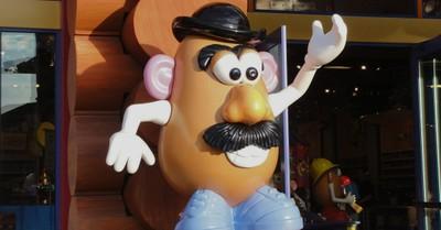 Mr. Potato Head, Hasbro drops 'Mr.' and 'Mrs.' from Potato Head logo
