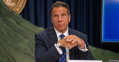 Andrew Cuomo, Top Democrats withdraw support for Cuomo