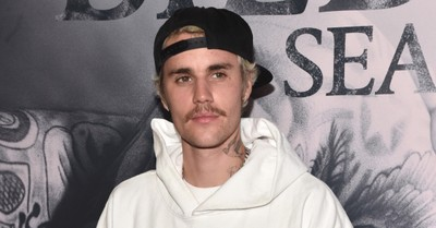 Justin Bieber, Bieber releases a surprise Easter EP