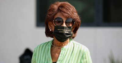 Maxine Waters, House rejects Republican effort to censure Rep. Maxine Waters for incitement of violence