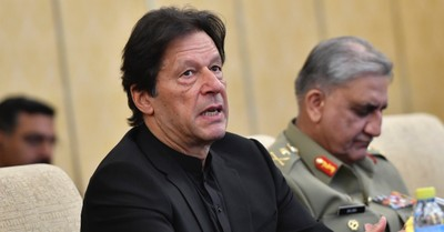 Imran Khan, Khan calls for a boycott of the western world until they ban insults to Islam