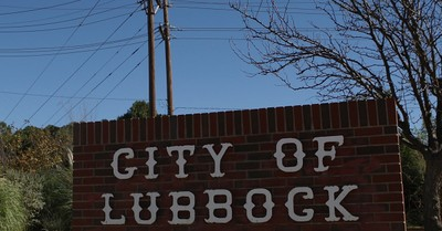 City of Lubbock, Lubbock votes to become a sanctuary city