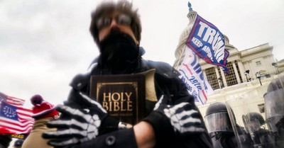 January 6 Insurrection, Police Officer Says January 6 Insurrectionists 'Perceived Themselves to Be Christians'