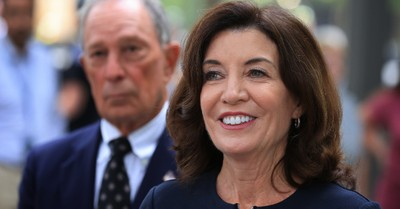 Kathy Hochul, Hochul rejects religious exemptions for COVID-19 vaccines and calls for Facebook to censor pro-life posts