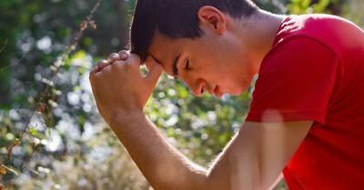 10 Ways to Encourage Your Teen's Prayer Life