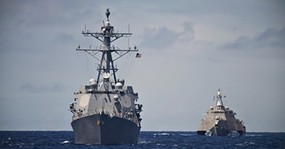 US Navy Ship, 40 navy seals are poised to threaten a lawsuit