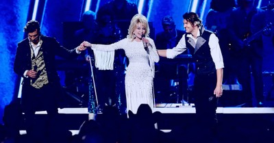 Dolly Parton and For King and Country Win Grammy for 'God Only Knows'
