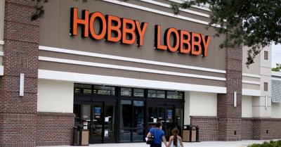 Hobby Lobby Faces Backlash for Ad Declaring America is 'One Nation Under God'