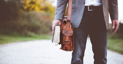 Pastor on Leave after Urging Wives to Lose Weight: 'Your Man Needs an Attractive Wife'
