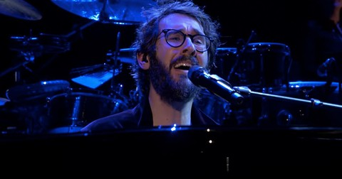 %27Bridge+Over+Troubled+Water%27+Josh+Groban+Performance