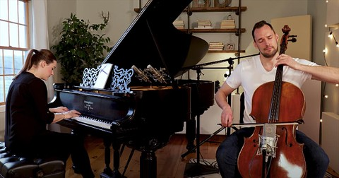 Husband+And+Wife+Perform+%27The+Sound+Of+Silence%27+Duet+On+Piano+And+Cello