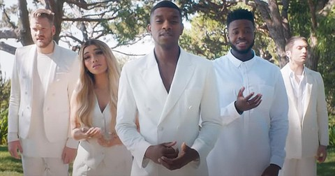 Pentatonix+Sings+%27Amazing+Grace+(My+Chains+Are+Gone)%27+A+Cappella+