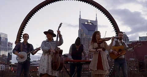 Southern+Raised+Bluegrass+Performs+%27Beethovens+9th%2fJourney+On%27+