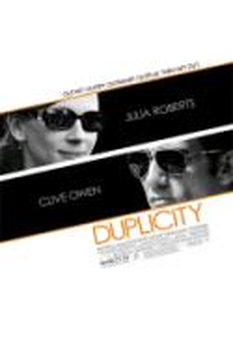 <i>Duplicity</i> Doubles Star Power but Sparks Don't Ignite