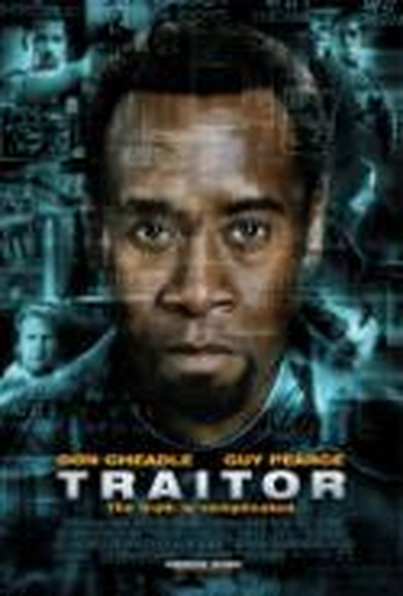 """Traitor"" Explores Religion, Terrorism to Little Effect"