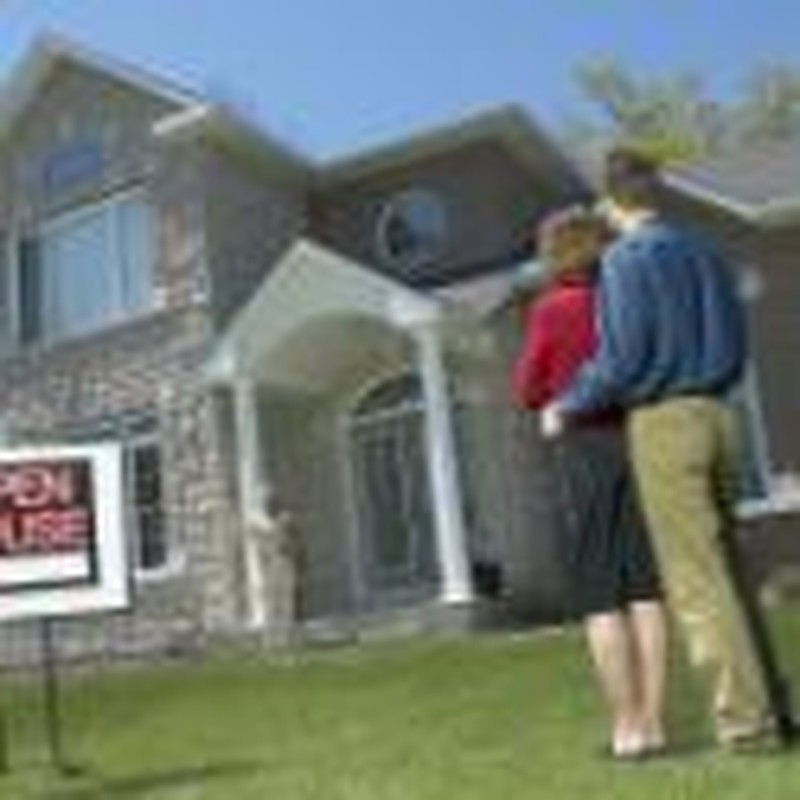 Mistakes Couples Make When Buying a House