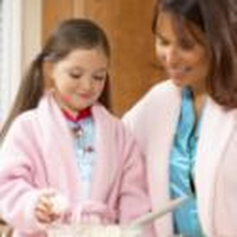 Create a Close Mother-Daughter Bond