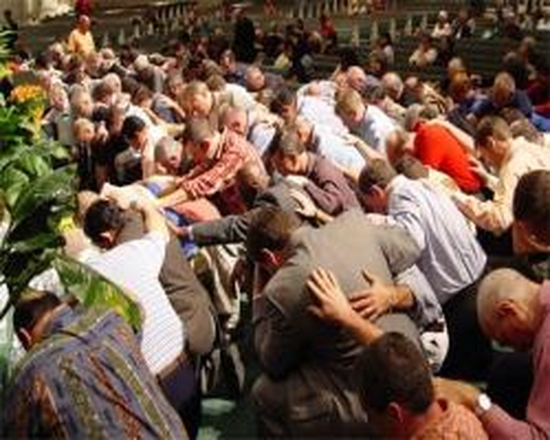 3 Reasons You Should Attend a Pastors Conference this Year