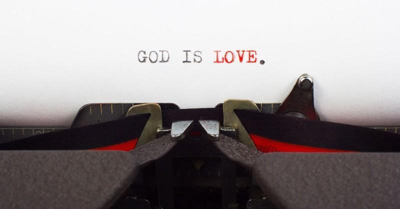 "5 Ways Jesus Said ""I Love You"" with His Life"
