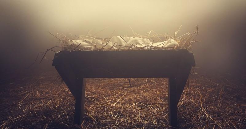 when was jesus born manger