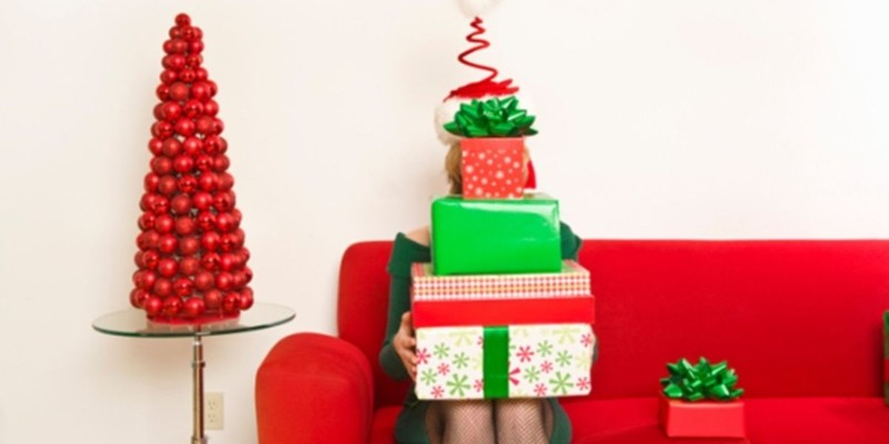 A Single's Survival Guide to the Holidays
