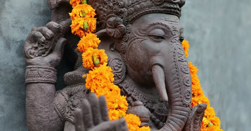 What Should Christians Know about Hinduism? 5 Essential Factors