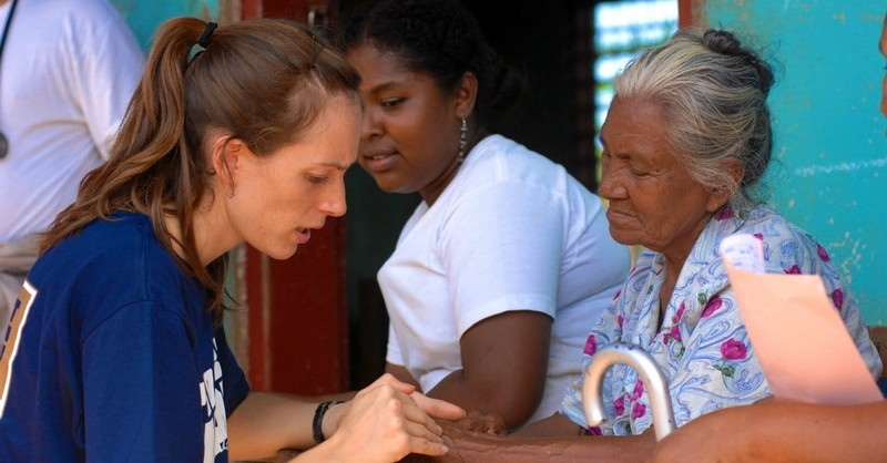 5 Questions to Ask before You Commit to a Mission Trip