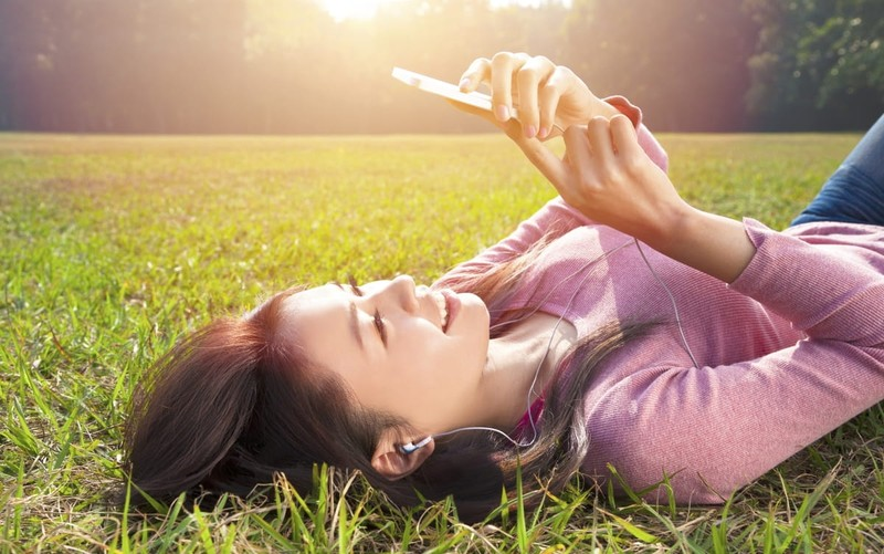 5 Things Your Kid Should Understand before She Gets Her First Smart Phone