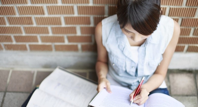 Prepare Your Teen for the Moral Challenges Associated with College