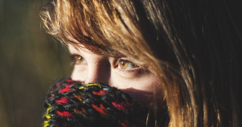 How can young Christian women embrace the season of singleness?