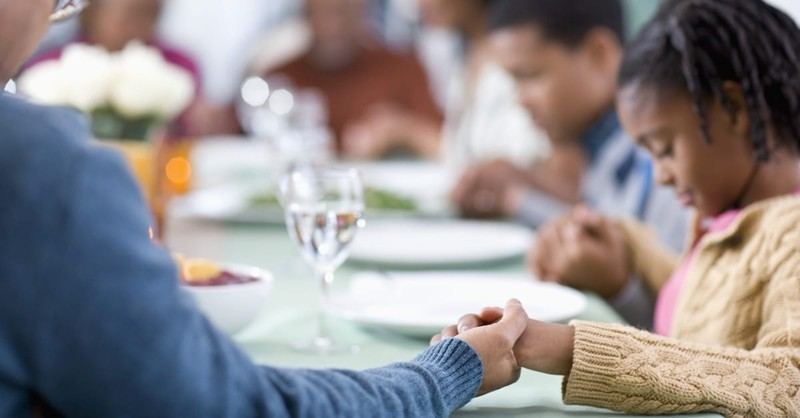 Does God Require Christians to Pray Before Meals?