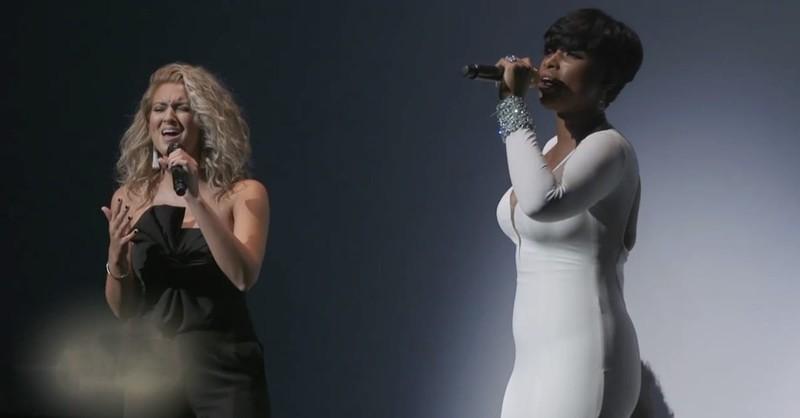 Tori Kelly and Jennifer Hudson Sing Beautiful Rendition Of 'Hallelujah'