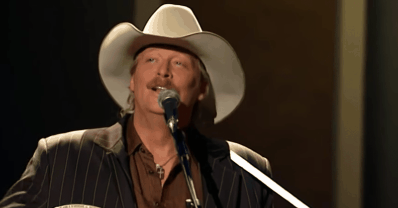 """Alan Jackson's Heartwarming Gospel Performance of """"Leaning on the Everlasting Arms"""""""