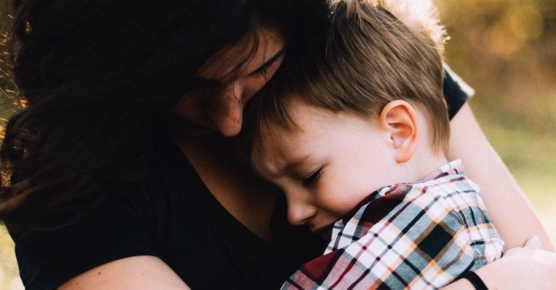"""9 Uplifting Prayers for Moms Carrying the """"Mother Load"""""""
