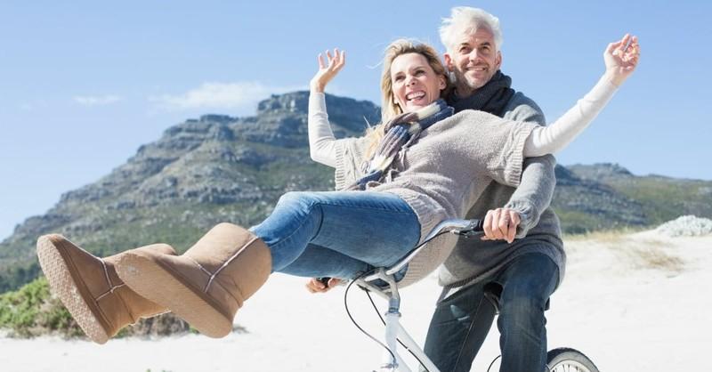 8 Ways to Eliminate Emotional Baggage and Rebuild Love